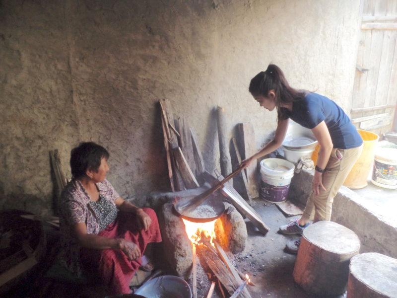 ブータンでのファームステイ料理体験
