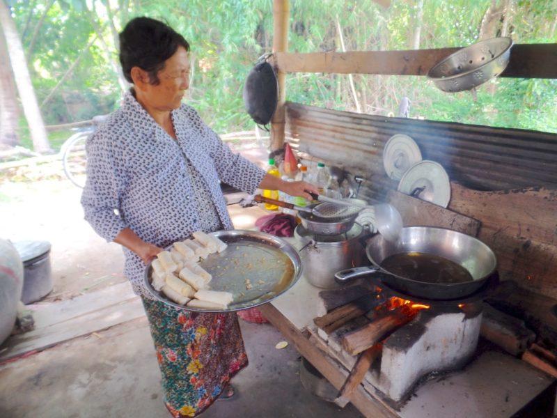 カンボジアのシェムリアップの料理教室のシェフ