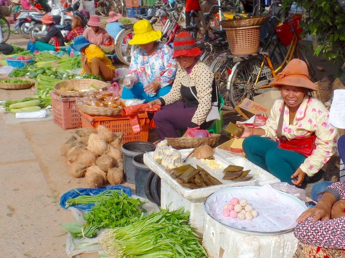 カンボジアのシェムリアップのローカルマーケット
